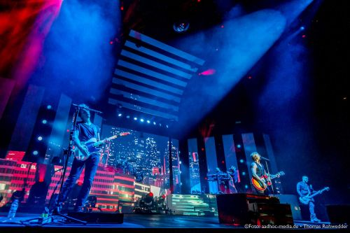 SunriseAve_UnholyGroundTour2014_aadhoc-media-ThomasRohwedder_115_IMG_6636_www