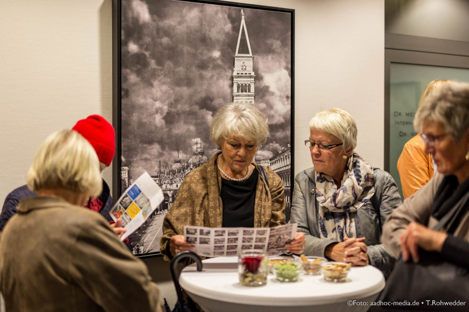 JuliBo_Vernissage_20151016Lubinus_6D_101_6410