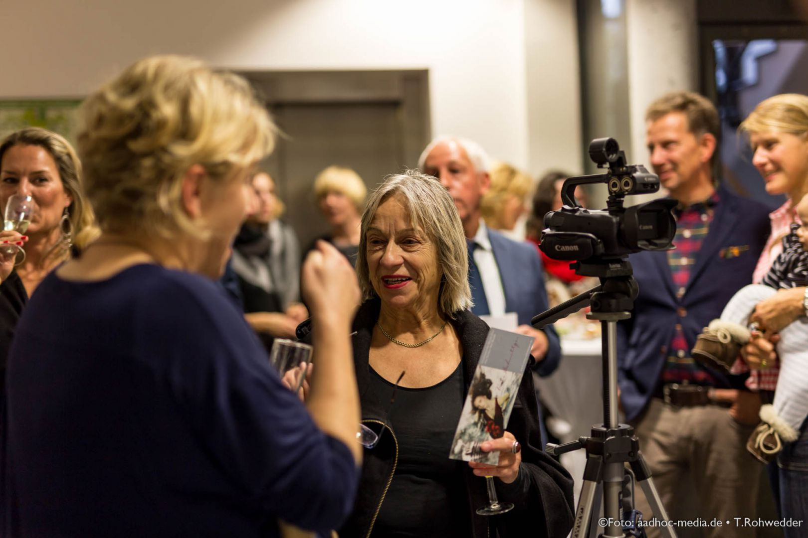 JuliBo_Vernissage_20151016Lubinus_6D_101_6443