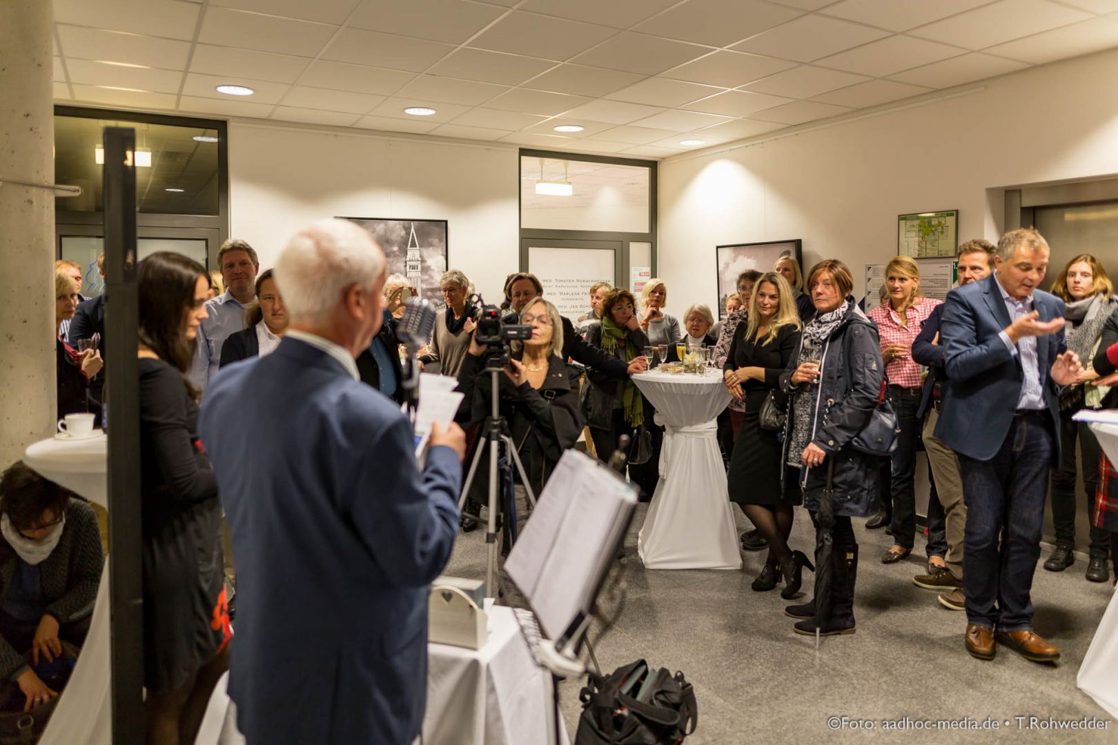 JuliBo_Vernissage_20151016Lubinus_6D_101_6455