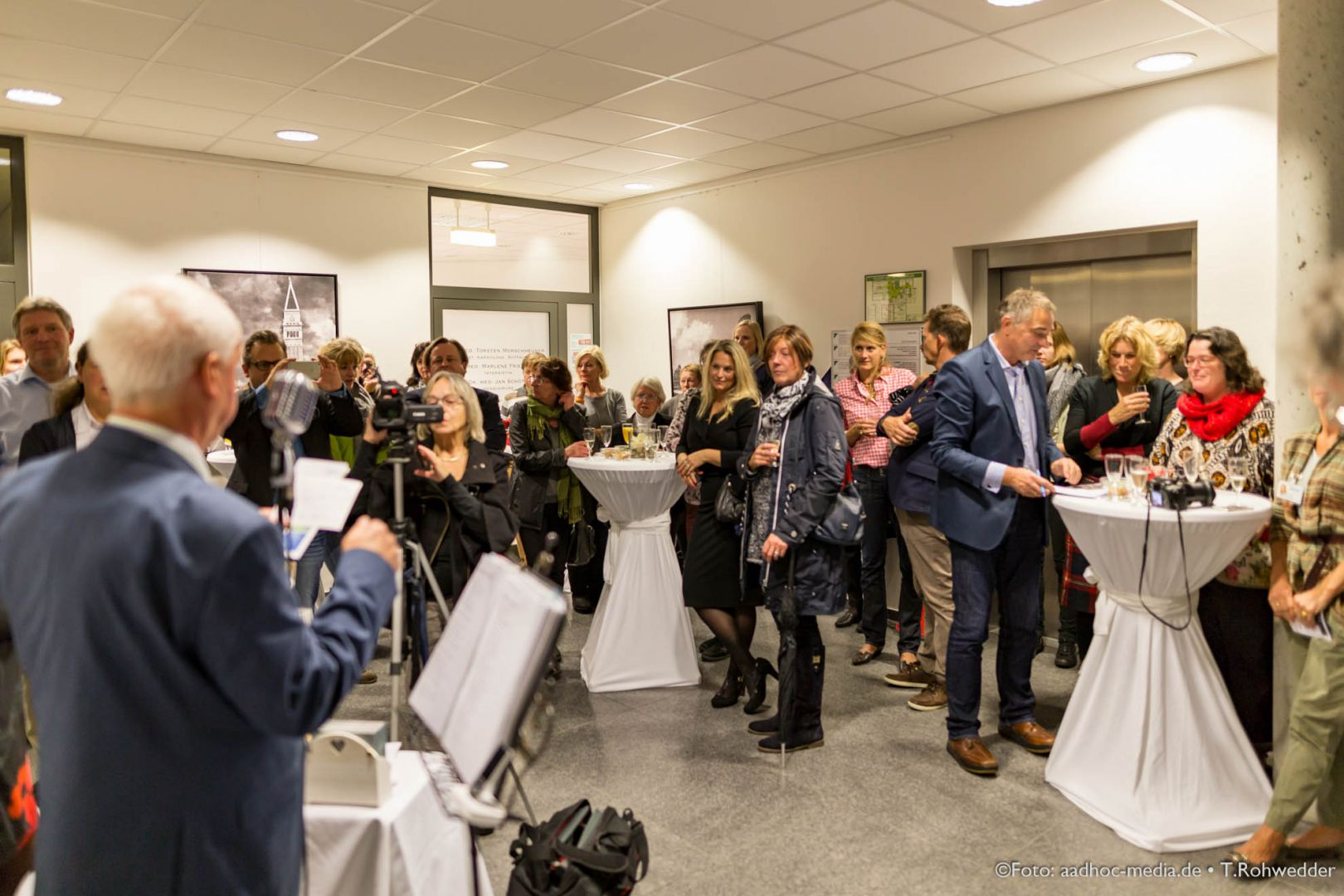 JuliBo_Vernissage_20151016Lubinus_6D_101_6457