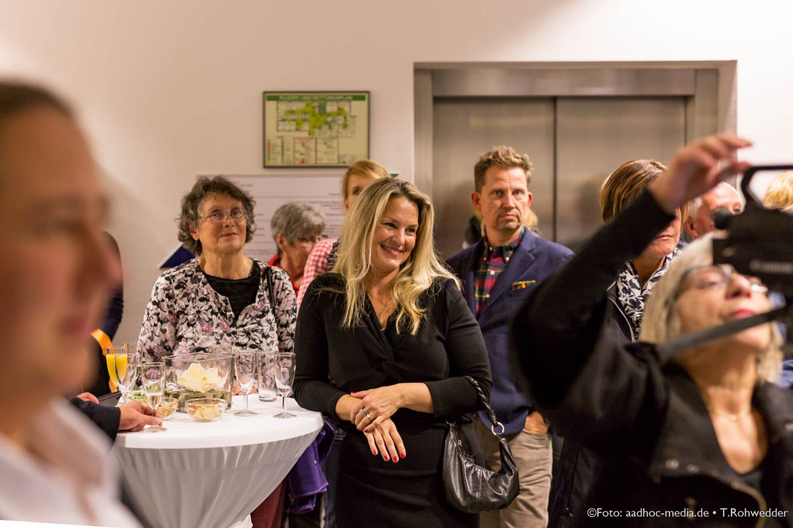 JuliBo_Vernissage_20151016Lubinus_6D_101_6476